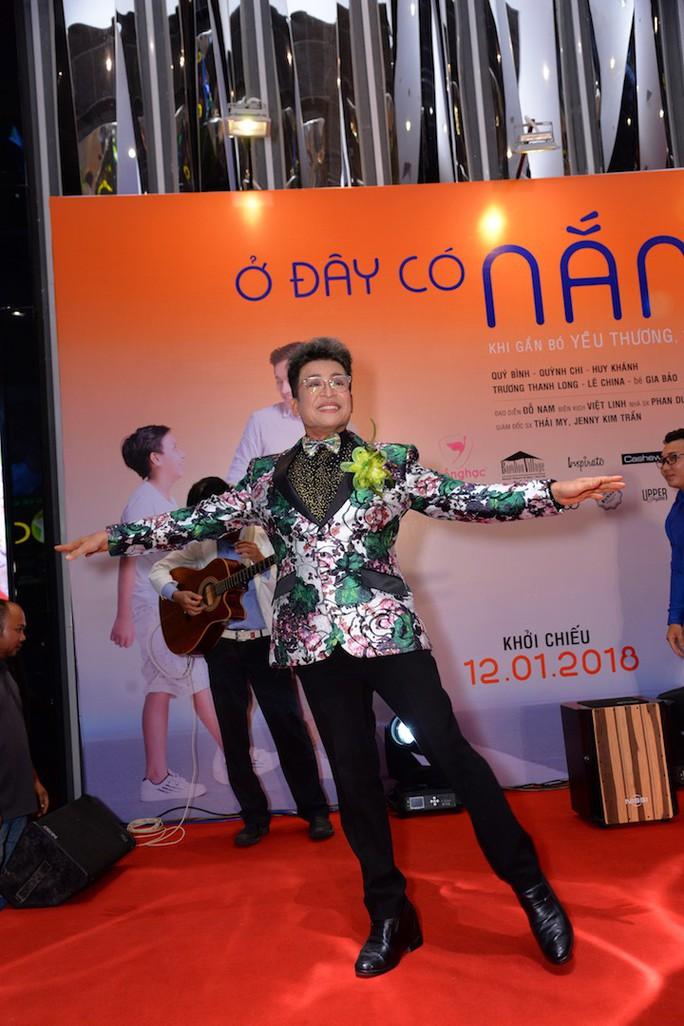 Sao Việt tụ hội chúc mừng cha con Quý Bình - Ảnh 7.