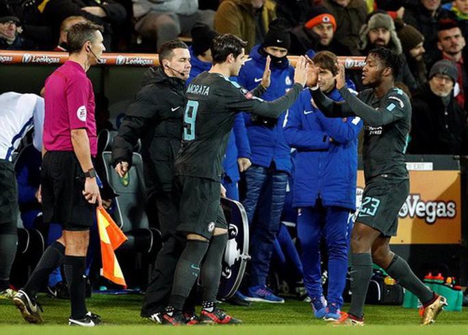 Man City thắng hủy diệt ở FA Cup, Chelsea lại bị cầm chân - Ảnh 6.