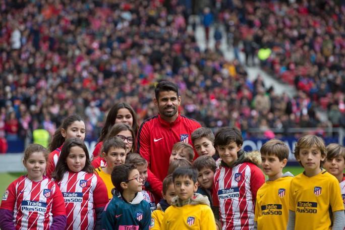 Atletico Madrid ra mắt cùng lúc 2 ngôi sao tấn công - Ảnh 4.