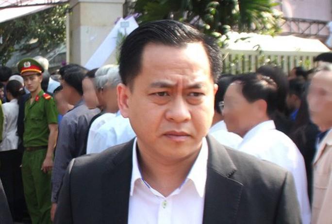 Ông Phan Văn Anh Vũ, còn gọi là Vũ nhôm, đã xuống sân bay Nội Bài - Ảnh 2.