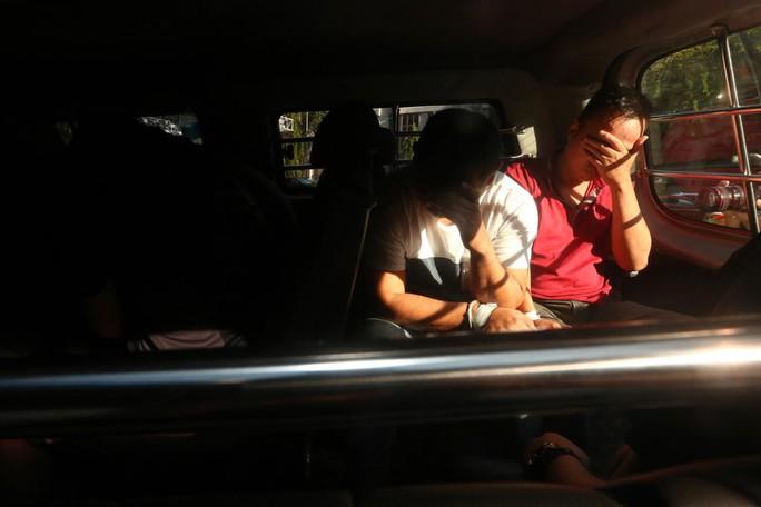 Vụ trộm dầu ở Singapore: Người Việt nhận thêm 2 cáo buộc - Ảnh 1.