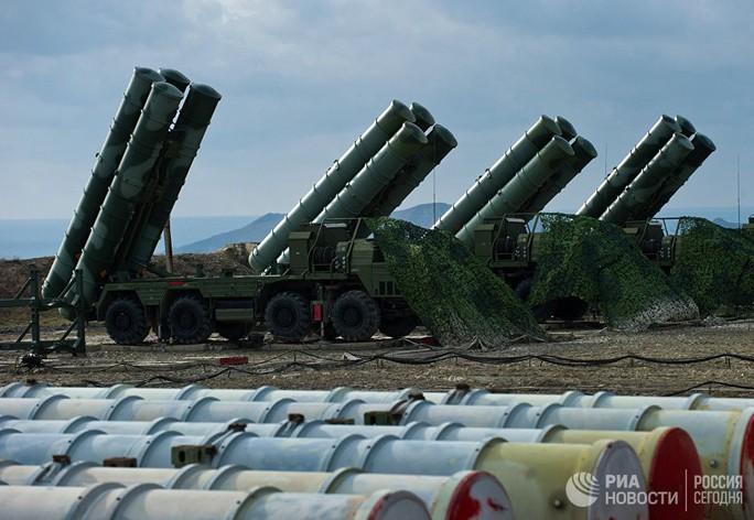 Mỹ lo ngại tên lửa S-400 của Nga ở Crimea - Ảnh 1.