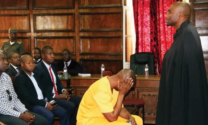 Giết vợ, con rể cựu tổng thống ngồi tù 24 năm - Ảnh 1.