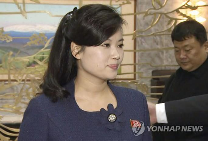 Người phụ nữ bí ẩn trong đoàn đàm phán Triều Tiên - Ảnh 3.