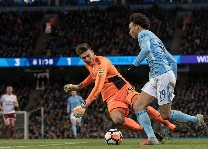 Man City thắng hủy diệt ở FA Cup, Chelsea lại bị cầm chân - Ảnh 5.