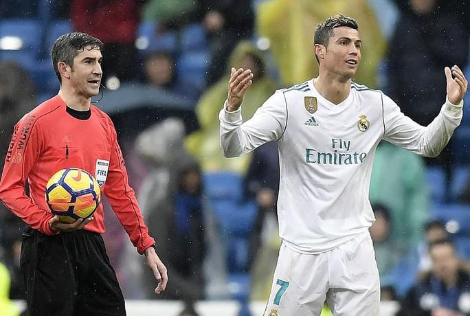Zidane choáng với thất bại của Real Madrid tại Bernabeu - Ảnh 4.