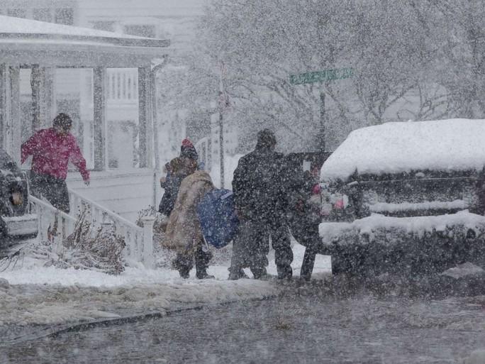 Nước Mỹ trong mờ mịt mưa tuyết - Ảnh 13.
