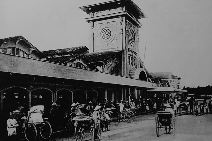 Ngắm Sài Gòn 320 năm qua ảnh tại phố đi bộ Nguyễn Huệ - Ảnh 9.