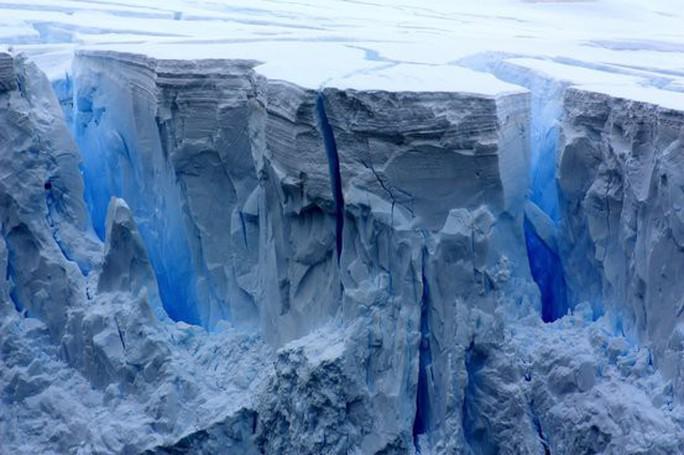 5 bí ẩn ma quái nhất ở vùng đất băng vĩnh cửu - Ảnh 1.