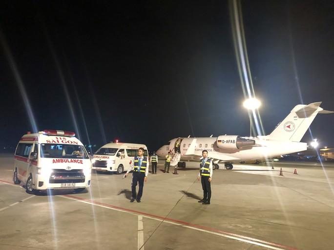 Những du khách cuối trong vụ nổ bom ở Ai Cập đã về tới TP HCM - Ảnh 1.