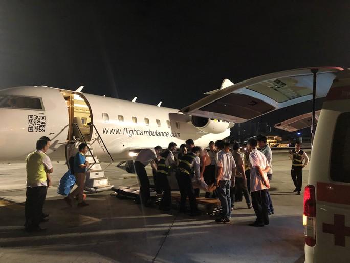 Những du khách cuối trong vụ nổ bom ở Ai Cập đã về tới TP HCM - Ảnh 3.