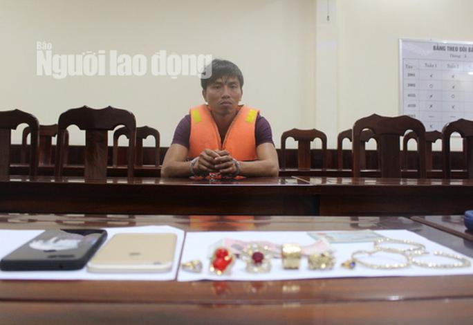 Bắt nghi phạm liên quan đến thi thể 1 phụ nữ nằm chết ở bìa rừng Phú Quốc - Ảnh 1.