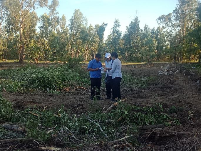 Ngang nhiên san ủi hơn 1.000 m2 đất của nhà nước - Ảnh 1.