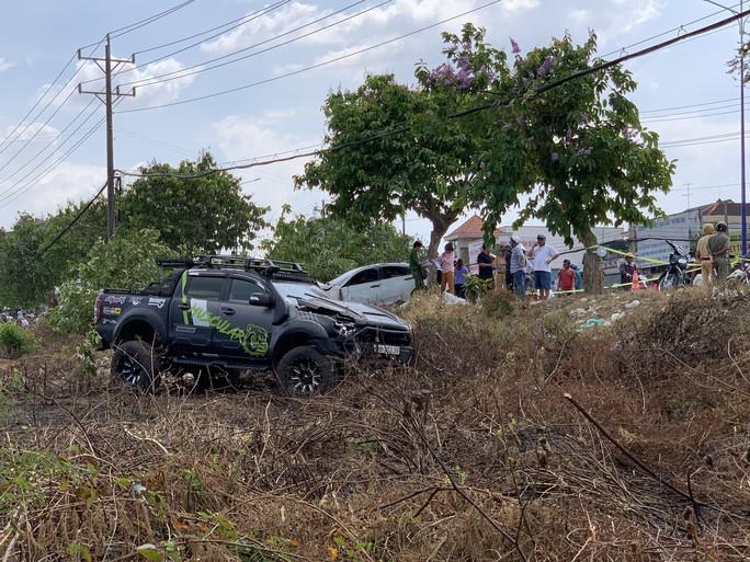 Điều tra nghi án ô tô đua tốc độ tông chết người bán dưa hấu lề đường - Ảnh 3.