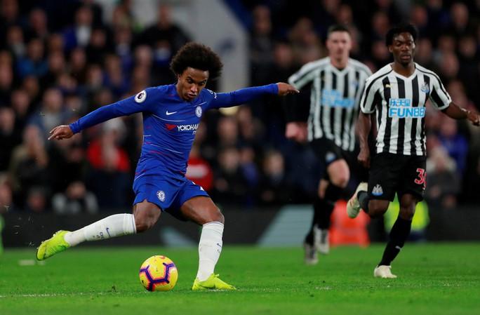 Clip: Chelsea, Liverpool thắng trận tạo áp lực cho Man City, Tottenham - Ảnh 5.