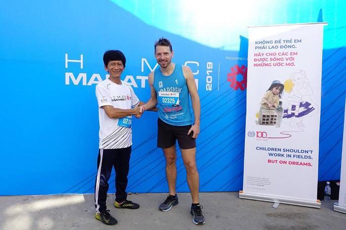 U70 cùng tranh tài với các VĐV nhí tại giải Marathon quốc tế TP HCM 2019 Taiwan Excellence - Ảnh 1.