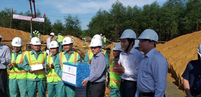 Kiểm tra tiến độ công trình đường dây 500 kV Quảng Trạch – Dốc Sỏi - Ảnh 4.
