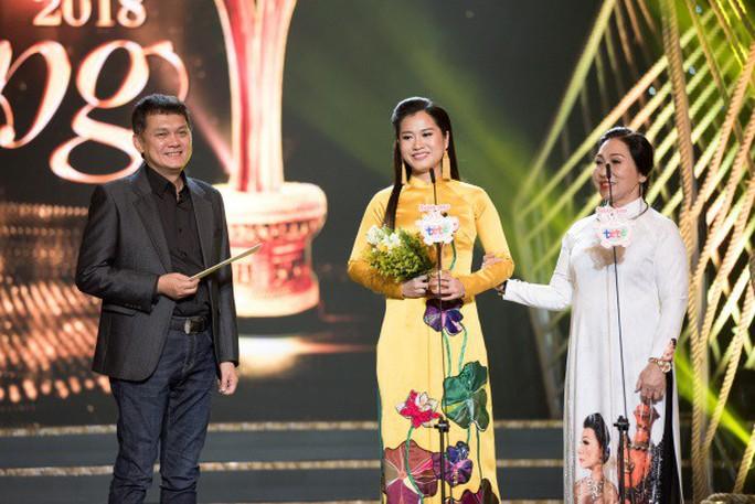 Sân khấu Mai Vàng 24 và những giải thưởng đầy xúc động - Ảnh 6.