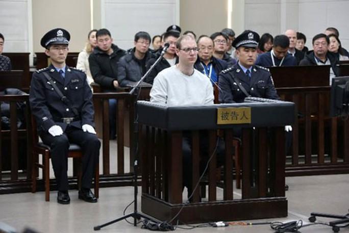 Trung Quốc quyết cứu sếp Huawei? - Ảnh 1.