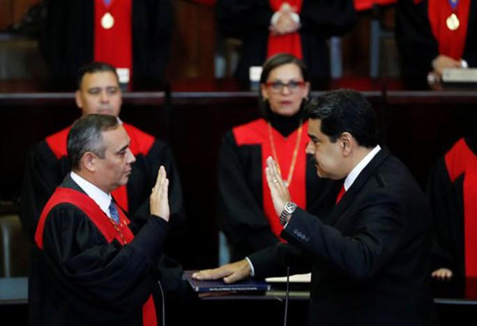 Venezuela tăng lương tối thiểu 300% - Ảnh 1.