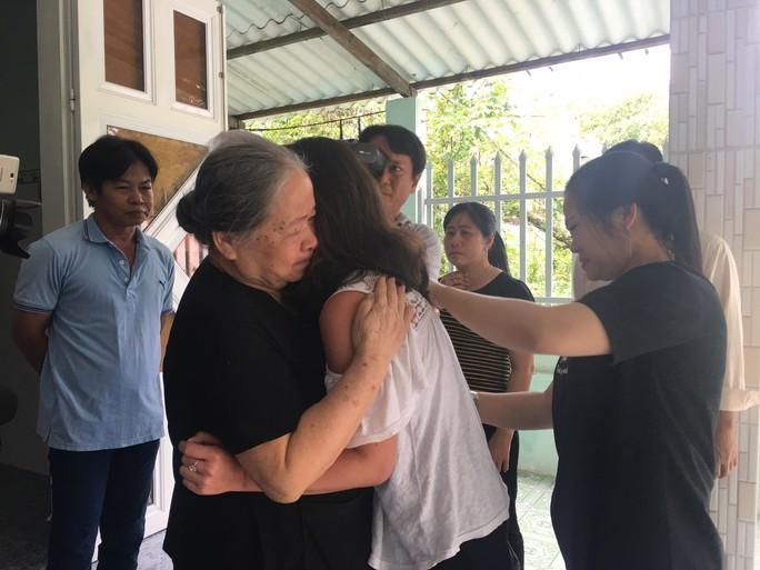 Cô gái Pháp rưng rưng gặp lại gia đình ở Vũng Tàu sau nhiều năm thất lạc - Ảnh 6.