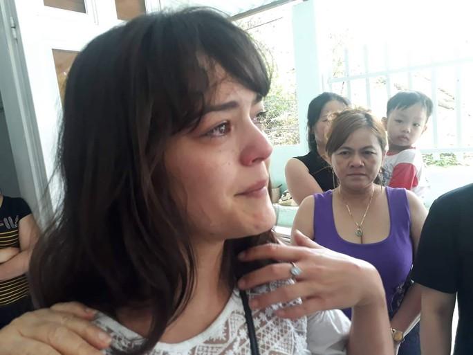 Cô gái Pháp rưng rưng gặp lại gia đình ở Vũng Tàu sau nhiều năm thất lạc - Ảnh 4.