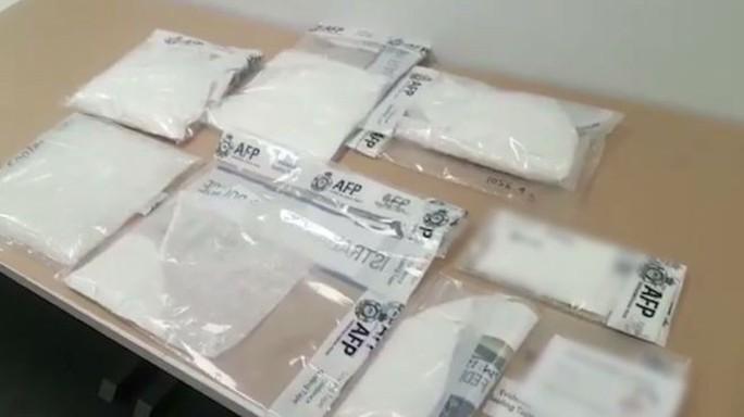 Úc bắt 2 người gốc Việt trong băng đảng quốc tế buôn lậu ma túy - Ảnh 1.