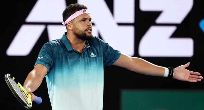 Clip: Djokovic đè bẹp Tsonga, 3 tài năng nam rơi rụng - Ảnh 3.