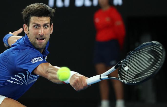 Clip: Djokovic đè bẹp Tsonga, 3 tài năng nam rơi rụng - Ảnh 4.