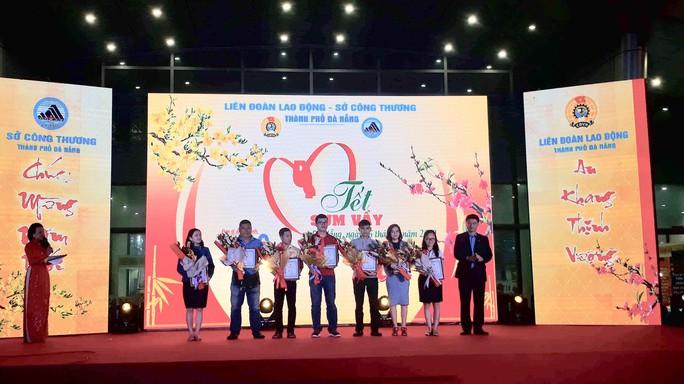 Đà Nẵng tổ chức Tết sum vầy cho công nhân - Ảnh 2.