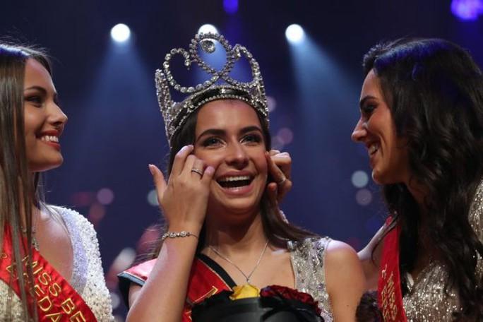 Nhan sắc lộng lẫy của tân Hoa hậu Bỉ - Ảnh 1.