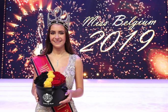 Nhan sắc lộng lẫy của tân Hoa hậu Bỉ - Ảnh 3.