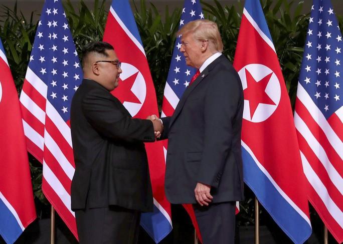 """""""Cánh tay phải"""" của ông Kim Jong-un bí mật đến Mỹ trong đêm - Ảnh 2."""