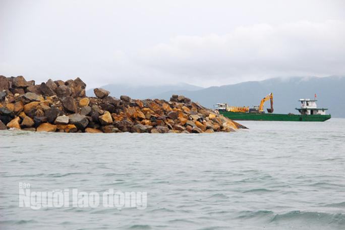 Hai dự án lấn vịnh Nha Trang tai tiếng bị thu hồi đất - Ảnh 3.