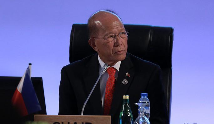 Philippines muốn xét lại hiệp ước phòng thủ chung với Mỹ - Ảnh 1.