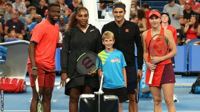 Roger Federer: Serena Williams có cú giao bóng thật đáng sợ - Ảnh 3.