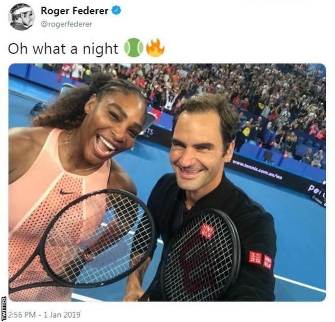 Roger Federer: Serena Williams có cú giao bóng thật đáng sợ - Ảnh 1.