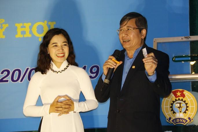 Tết sum vầy ấm áp, hơn 3,5 tỉ đồng đến với công nhân Quảng Nam - Ảnh 8.