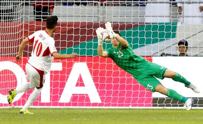 Đặng Văn Lâm lọt top 5 thủ môn xuất sắc nhất châu Á - Ảnh 3.