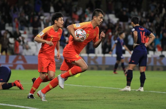 Clip: Thái Lan thua ngược Trung Quốc, không thể tiếp bước Việt Nam  - Ảnh 3.