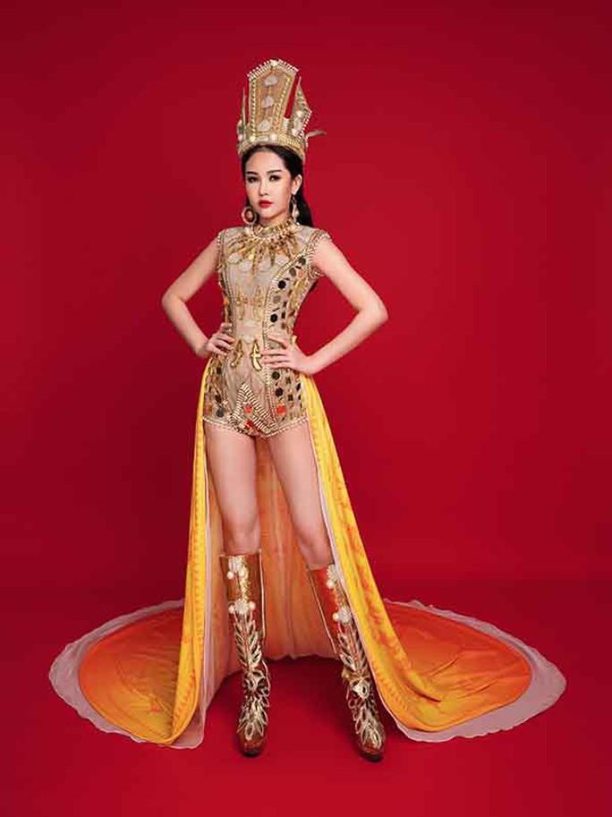 HHen Niê và Trần Tiểu Vy vào top 50 Hoa hậu của các hoa hậu 2018 - Ảnh 3.
