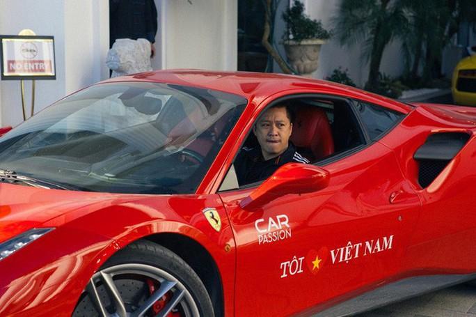 Nhiều ca sĩ Việt dễ dàng tậu siêu xe - Ảnh 2.