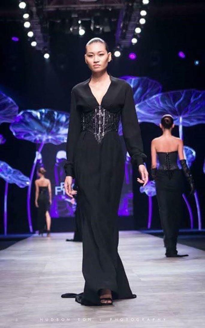 Xót xa hình ảnh da bọc xương của người mẫu Kim Anh - Ảnh 2.