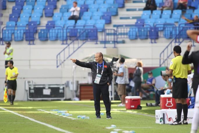 HLV Vital Borkelmans: Jordan thua Việt Nam vì sợ hãi, bối rối - Ảnh 1.