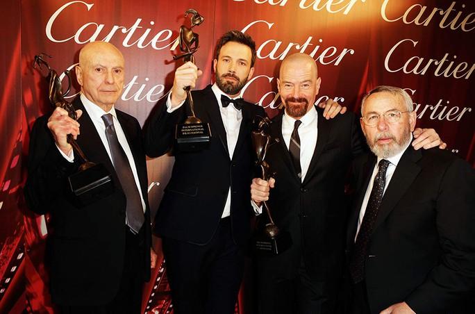Ben Affleck tưởng niệm người tạo nguồn cảm hứng giúp đoạt Oscar - Ảnh 2.