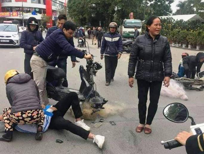 """Trích xuất camera không có việc CSGT Thanh Hóa """"quăng lưới"""" trúng học sinh té ngã - Ảnh 2."""