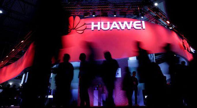 Đằng sau vụ bắt giữ nữ tướng Huawei: Quan hệ mờ ám - Ảnh 1.