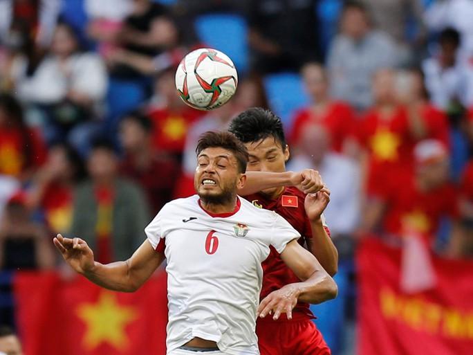 Đoàn Văn Hậu lọt top 10 nhân vật xuất sắc nhất Asian Cup 2019 - Ảnh 1.