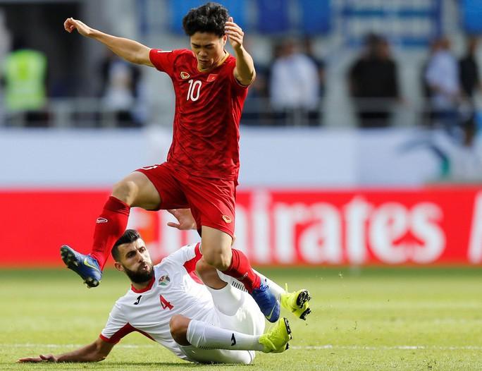 Công Phượng xuất sắc trong nhóm 5 cầu thủ ở tứ kết Asian Cup 2019 - Ảnh 1.