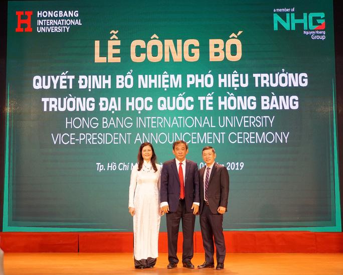 Trường ĐH Quốc tế Hồng Bàng bổ nhiệm 2 phó hiệu trưởng - Ảnh 1.
